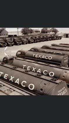 White Truck, Fuel Oil, Magazine Illustration, Texaco, Gas Pumps, Toy Trucks, Ho Scale, Old Toys, Rigs