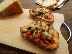 Bruschette con verdure e asiago
