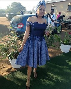 Who says the older generations can't rock with SHWESHWE DRESSES! This is a style that goes perfectly well on ladies, regardless of how old Setswana Traditional Dresses, South African Traditional Dresses, Traditional Weddings, African Print Fashion, African Fashion Dresses, Africa Fashion, African Attire, African Dress, African Wear