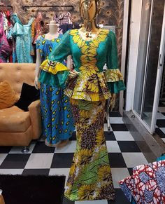 This Ankara Styles are so simple and neat, has been styled by finieecouture. look, perfect for occasions and events! Checkout the lovely styles below