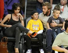 Photo of Victoria Beckham and family at a Lakers game
