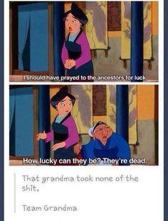 Team grandma Disney Animation, Funny Disney, Disney Disney, Disney Cartoons, Disney Stuff, Disney Memes, Disney Marvel, Disney Quotes, Disney Nerd
