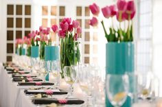 love the wedding colors of turquoise and pink!!  A great way to bring in turquoise is with the centepriece containers