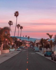 Travel California Los Angeles Bucket Lists 32 Ideas For 2019 California Dreamin', California Palm Trees, California Vacation, Venice Beach California, Santa Monica California, California Camping, Vintage California, Aesthetic Pictures, Belle Photo