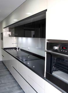 Diseño de cocinas en Aranjuez rey gola con puente- Galería de proyectos realizados - Línea 3 Cocinas, Diseño de cocinas en Madrid, reforma de cocinas en Madrid, decoración de cocinas en Madrid