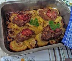 Tepsis-mustáros tarja hagymával és burgonyával Recept képpel - Mindmegette.hu - Receptek Bologna, Bacon, Menu, Trifle, Chicken, Larry, Food, Menu Board Design, Essen