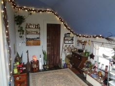 UP THE WITCHY PUNX!, I took a bunch of photos of my craft/craft room...