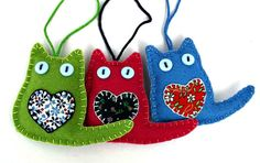 Cat des ornements de Noël feutre chat ornements par PuffinPatchwork