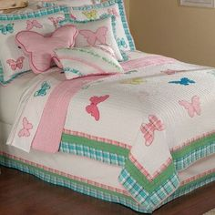 PEM America Plaid Butterfly Garden Twin Quilt with Pillow Sham Quilt Stitching, Applique Quilts, Quilting, Girls Quilts, Baby Quilts, Bed Cover Design, Designer Bed Sheets, Quilt Square Patterns, Pillow Shams