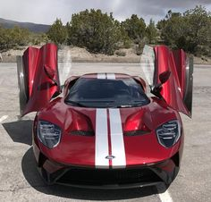 2017 Ford GT, Liquid Red.