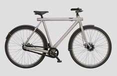 Mit dem Electrified S präsentiert Vanmoof die neueste Generation seines E-Bikes, welches dank App-Anbindung einige smarte Funktionen mit sich bringt – darunter eine Ortungsfunktion und ein schlüsselloses Sicherungssystem. Vor rund drei Jahren brachte Vanmoof die erste Version des Electrified heraus … Weiterlesen