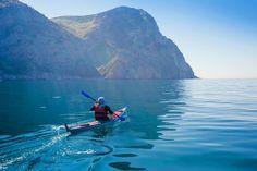 Kayaking in the sea #kayaking #kayak #paddle #paddling #river #sea #water #lake #kayaks #kayaklife #riverlife #canoe #canoelife #saltlife #kayakgram #kayakadventures #paddleboarding #paddleboard #paddlinglife #paddlesurf #outdoor #adventure #activelife #motivation #lifestyle #outdoorliving #freedom⠀ .⠀ Share your adventure #feastenture