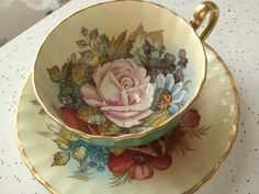 Antique tea cup and saucer set Aynsley English bone china Tea Cup & Saucer - tea cups - Beauty Cup And Saucer Set, Tea Cup Saucer, Green Tea Cups, Café Chocolate, Antique Tea Cups, Keramik Vase, China Tea Sets, Teapots And Cups, Tea Sets