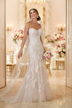 Wedding Dresses Plus Size Davids Bridal 6257 Lace Appliques Wedding Dress by Stella York.Wedding Dresses Plus Size Davids Bridal 6257 Lace Appliques Wedding Dress by Stella York