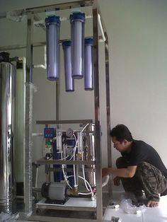 SAND WATER FILTER adalah salah satu toko online yang menjual berbagai jenis mesin air minum RO (Reverse Osmosis) dari yang kapasitas rumah tangga sampai dengan depot air minum, berkapasitas 200galon / hari  penggunaan dapat langsung dari ×Air sumur pompa dan pam Bagaimana produk yang kami jual dapat melindungi keluarga anda?