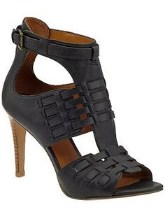 Nine West Heel (Rarely wear heels but I would rock these. Shoes Flats Sandals, Leather Sandals, Shoe Boots, Guess Shoes, Me Too Shoes, Nine West Heels, Luxury Shoes, Crazy Shoes, Fashion Shoes