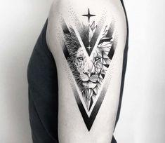 Tattoo Lion: Symbolism and attractive designs of the lion act .- Tattoo Lion: Symbolismus und attraktive Designs des Löwentattoos für beide Geschlechter Tattoo Lion: Symbolism and attractive designs of the lion tattoo for both sexes - Mini Tattoos, Leo Tattoos, Trendy Tattoos, Animal Tattoos, Body Art Tattoos, Tattoos For Guys, Tattoos For Women, Tattoos Tribal, Popular Tattoos