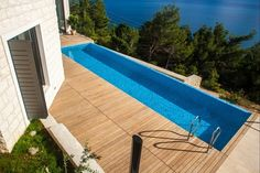 349 ads of luxury homes for sale in Splitsko-Dalmatinska Županija: on LuxuryEstate you will find thousands of ads selected by the best real estate agencies in the luxury sector in Croatia. Adriatic Sea, Real Estate Agency, Real Pearls, Central Europe, Croatia, Luxury Homes, Natural Beauty, National Parks, Villa