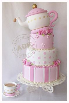 www.facebook.com/cakecoachonline - sharing ....Hurrah - a watermarked picture......#MyMaxwellTeaParty