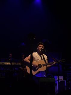 August 31: Niall performing at Flicker Sessions London