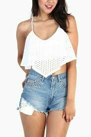 V crop top with lace 10,000 thumbs up