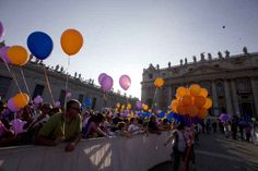 Thousands of Catholic families from around the world gathered at the Vatican over the weekend to celebrate the Year of Faith with Pope Francis. | Boy Wanders Onto Stage To Hang Out With Pope Francis