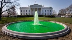 12 Places Around the World That Turn Green for St. Patrick's Day St Patricks Day Parade, Happy St Patricks Day, Saint Patricks, Evacuation Day, New York Parade, Places Around The World, Around The Worlds, Obama Photos, Celebration Around The World