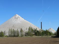 ja selle poeg Surface Mining, Mount Rainier, Ash, Mountains, Travel, Image, Instagram, Gray, Viajes