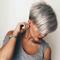 Short Hairstyles Dark Hair Check more at - Hair Beauty Short Shag Hairstyles, Short Haircut, Cool Hairstyles, Indian Hairstyles, Thin Hair Styles For Women, Short Hair Styles, Blonde Grise, Short Hair Trends, Short Grey Hair