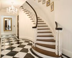28 Super ideas house entrance exterior stairs dream homes Black And White Hallway, Black White, Black Stairs, Tile Stairs, Wood Stairs, Georgian Townhouse, Exterior Stairs, Southern House Plans, House Entrance
