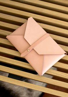 e90613e2e942d0 WOODLARK - Natural Envelope Clutch Envelope Clutch