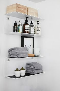 best small bathroom storage ideas for … We've already done the work for you wh… - Zuhause - Badezimmer Modern Shelving, Interior, Small Bathroom Storage, Bathroom Styling, Home Decor, Small Bathroom, Scandinavian Bathroom, Bathroom Design, Bathroom Decor