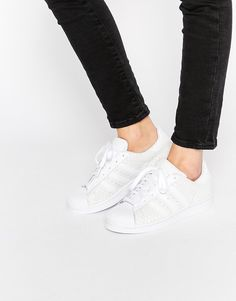 sports shoes 91f86 f6361 Adidas Workout Clothes, White Leather, Adidas Superstar, Updo
