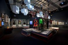david-bowie-victoria-albert-museum-04