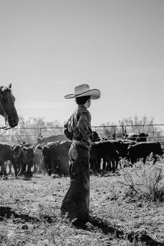 Southern Trains, Good Ol Times, Cowboy Photography, Cowboy Images, Fields Of Gold, Ranch Life, Dead To Me, Cowboy And Cowgirl, Old West