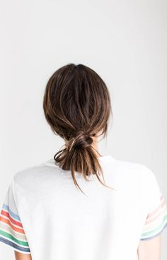low knot bun Bobby Pin Hairstyles, Fast Easy Hairstyles, Bun Hairstyles For Long Hair, Casual Hairstyles, Hairstyle Ideas, Messy Low Ponytails, Loose Ponytail, Knot Ponytail, Short Hair Bun