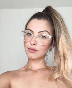 """4112548d0 Menina Flor ♡ LOJA ONLINE on Instagram: """"💕 LANÇAMENTO 💛 . . 🌸Armação  para grau 🌸 - 🔍Modelo - CHARLOTTE 🔍 { Digite o nome do óculos na busca  do site ..."""