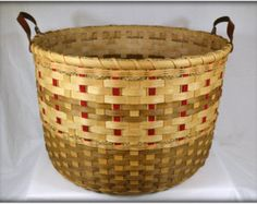 "BASKET PATTERN ""Valerie"" Large Towel or Gathering Basket"