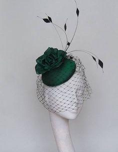 emerald green fascinator