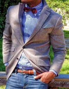 mens looks— Navy Jeans — Brown Woven Leather Belt — White and Blue Gingham Dress Shirt — Burgundy Bow-tie — Grey Blazer — White and Navy Houndstooth Pocket Square Mode Masculine, Sharp Dressed Man, Well Dressed Men, Burgundy Bow Tie, Look Fashion, Mens Fashion, Spring Fashion, Looks Style, My Style