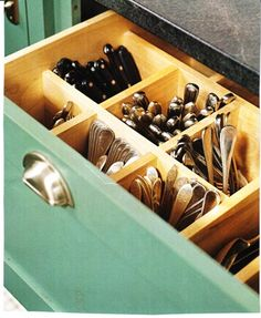Best idea ever for kitchen utensil storage! Upright utensil storage ideas.