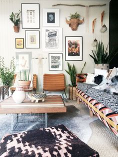 Bohemian living room Follow Gravity Home: Blog - Instagram - Pinterest - Bloglovin - Facebook