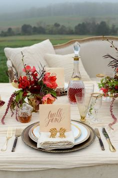 Wedding Trends from Lynn Easton: In 2014 we expect to see more vivid, colorful centerpieces complimented with layers of multiple linens and tabletop essentials. Color palates will include citrus, gemstones, pomegranate, beet, caramel and kumquat.