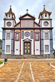 Igreja de Datas, distrito de Diamantina - Minas Gerais - Fotografia do Projeto Acervo Diamantina - Fragmentos Visuais da Cidade no século XXI - Brasil
