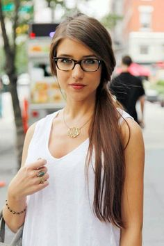 simple and cute long hair ponytail Fashion Mode, Fashion Tips, Fashion  Trends, Fashion 7eac29e68cad
