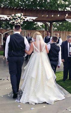 Hayley Paige Decklyn Dress Hayley Paige, Wedding 2017, Wedding Dresses, Fashion, Bride Dresses, Moda, Bridal Wedding Dresses, Fashion Styles, Weeding Dresses
