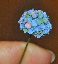 Corine's mini: what more ... how to make hydrangeas from paper punches
