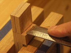 Making the Paul Sellers dovetail template Woodworking, Templates, How To Make, Mississippi, Tools, Blog, Classic, Role Models, Joinery