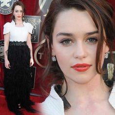 Atriz de Game Of Thrones - Khaleesi linda...