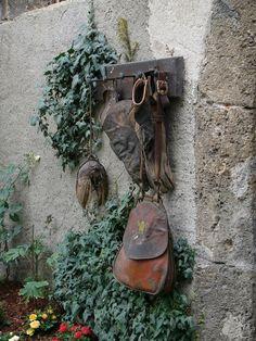 Falconry hunting gear